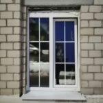 Окно 2-хстворчатое с белыми шпросами 18 мм, в кирпичном здании, Глуск, Бобруйск, Кировск, Осиповичи