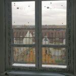 Окно Rehau-70 ПВХ высокое с 2-мя поворотно-откидными створками в панельном доме в Бобруйске, Кировске, Осиповичах, Глуске